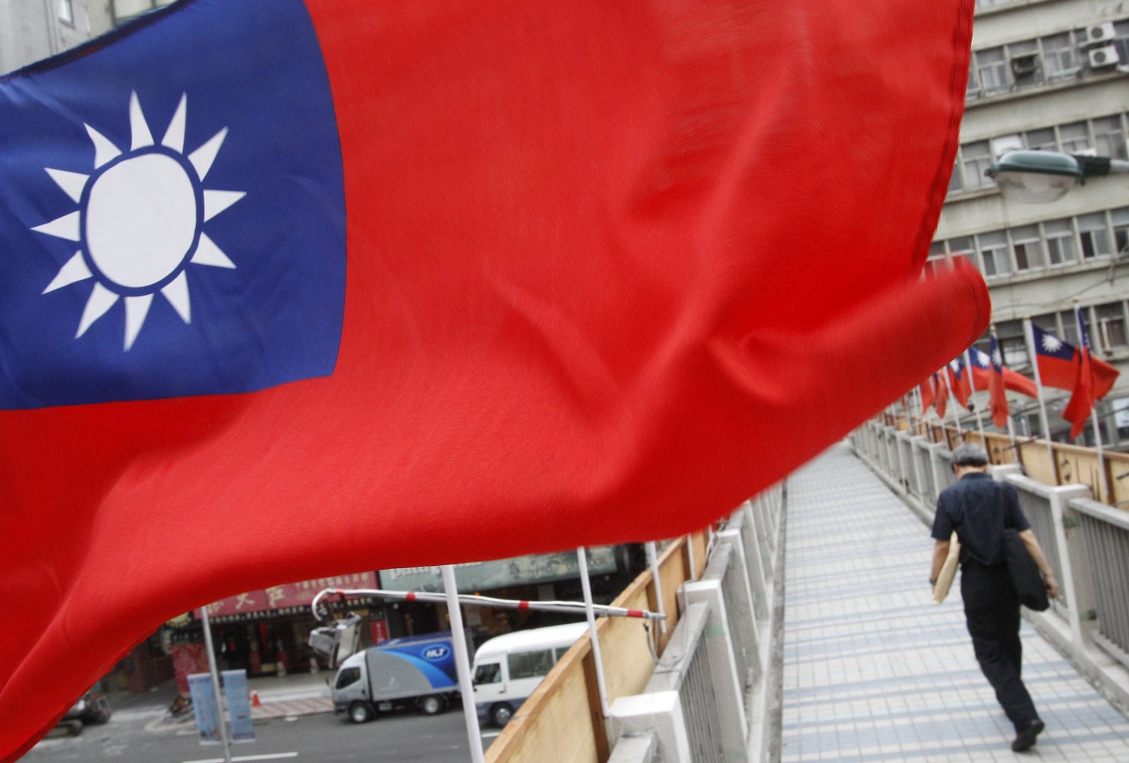 الصين تحذر ليتوانيا بعدما أبدت تايوان رغبتها في فتح سفارة على أراضيها