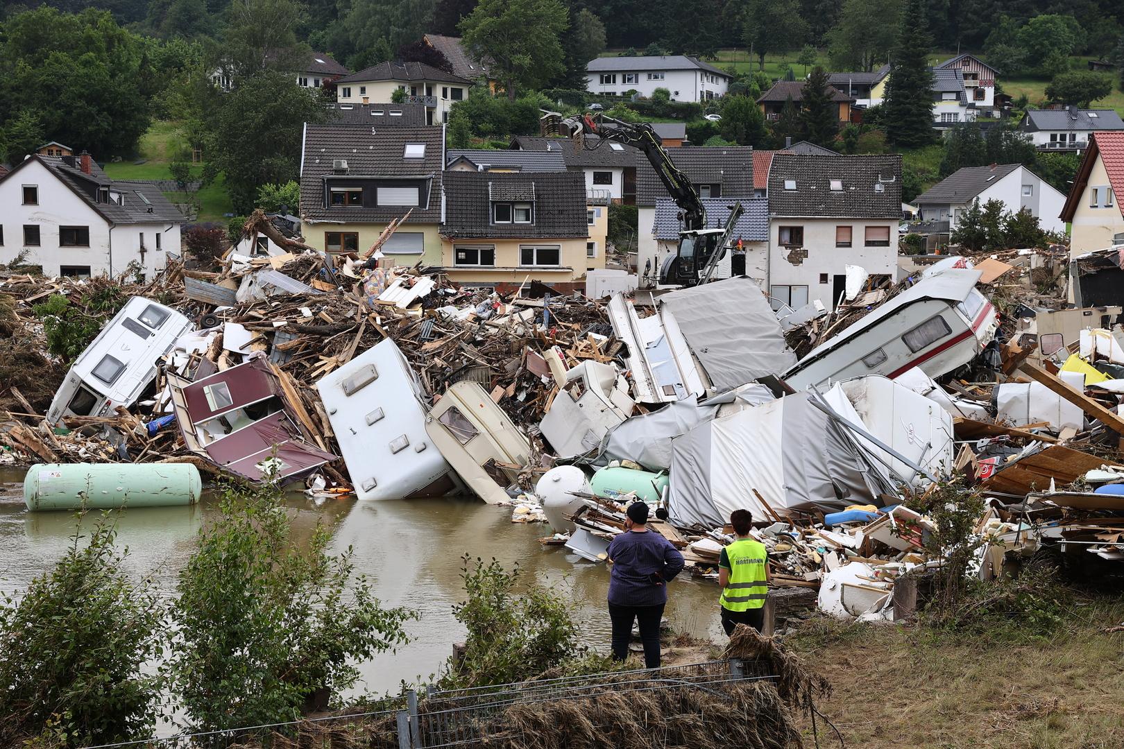 للمرة الثانية.. ميركل تزور المناطق المنكوبة جراء الفيضانات