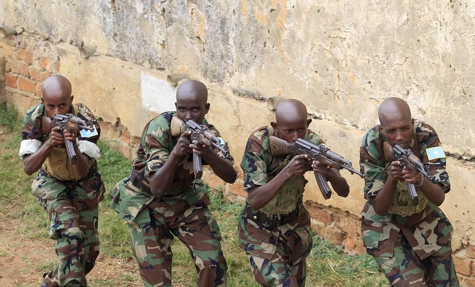 طيران الجيش الصومالي يغير على حركة الشباب