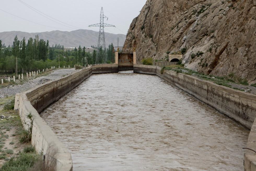مصرع 10 أشخاص بانزلاقات طينية في طاجيكستان