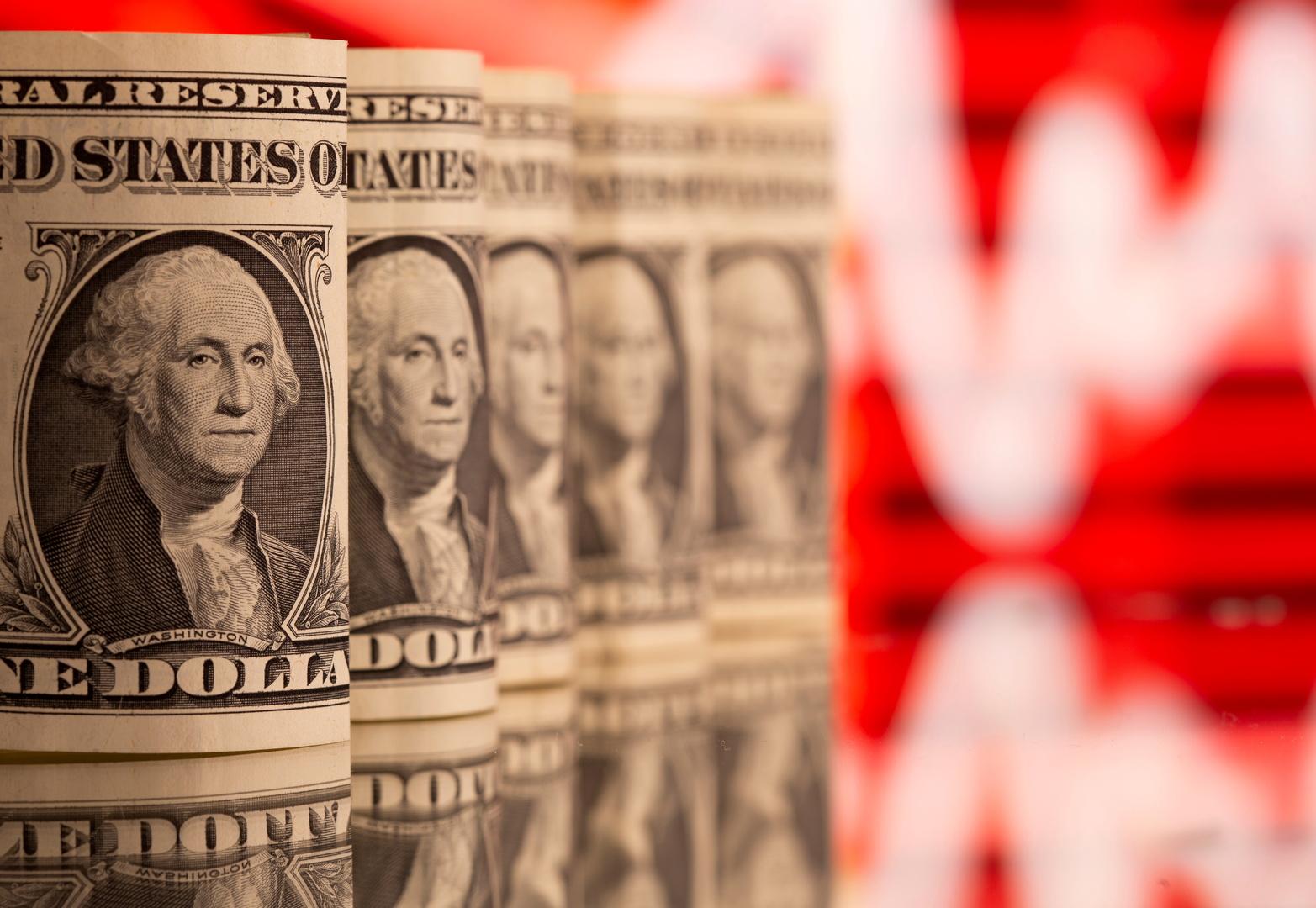 الذهب في المنطقة الحمراء مع ارتفاع الدولار