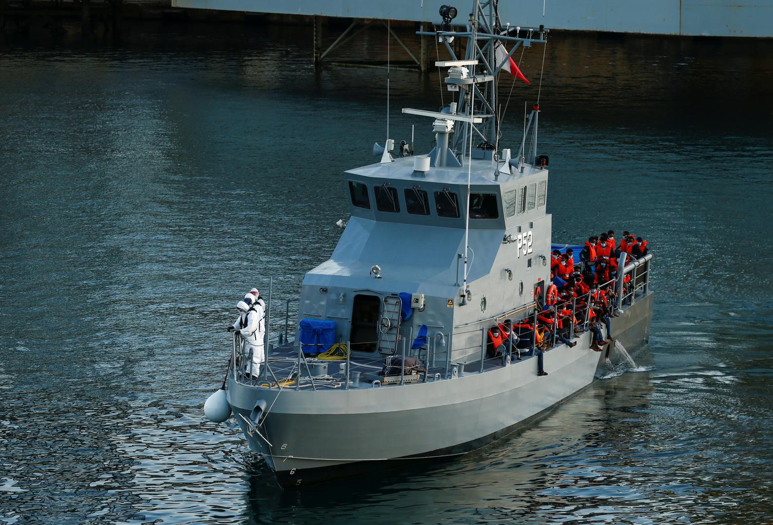منظمة إنسانية: 100 مهاجر يطلبون المساعدة بالقرب من سواحل مالطا