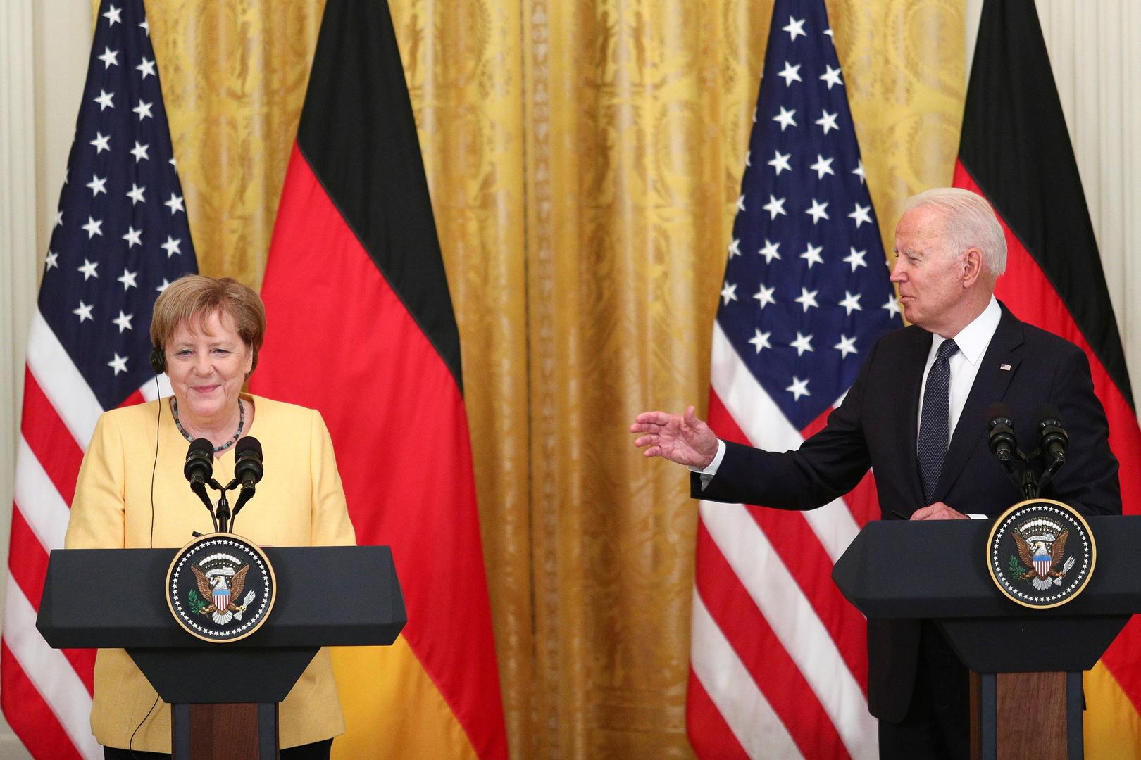 الرئيس الأمريكي جو بايدن والمستشارة الألمانية أنغيلا ميركل