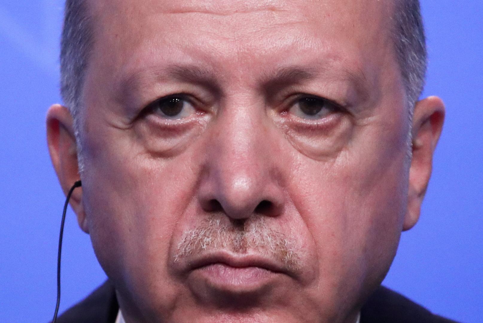 أردوغان: عودة اللاجئين السوريين إلى ديارهم ستكون طوعية وبشكل آمن