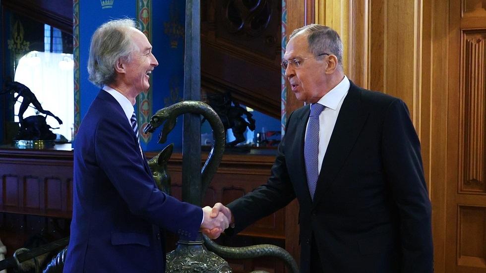 وزير الخارجية الروسي/ سيرغي لافروف، والمبعوث الأممي الخاص إلى سوريا/ غير بيدرسن (فبراير 2021)