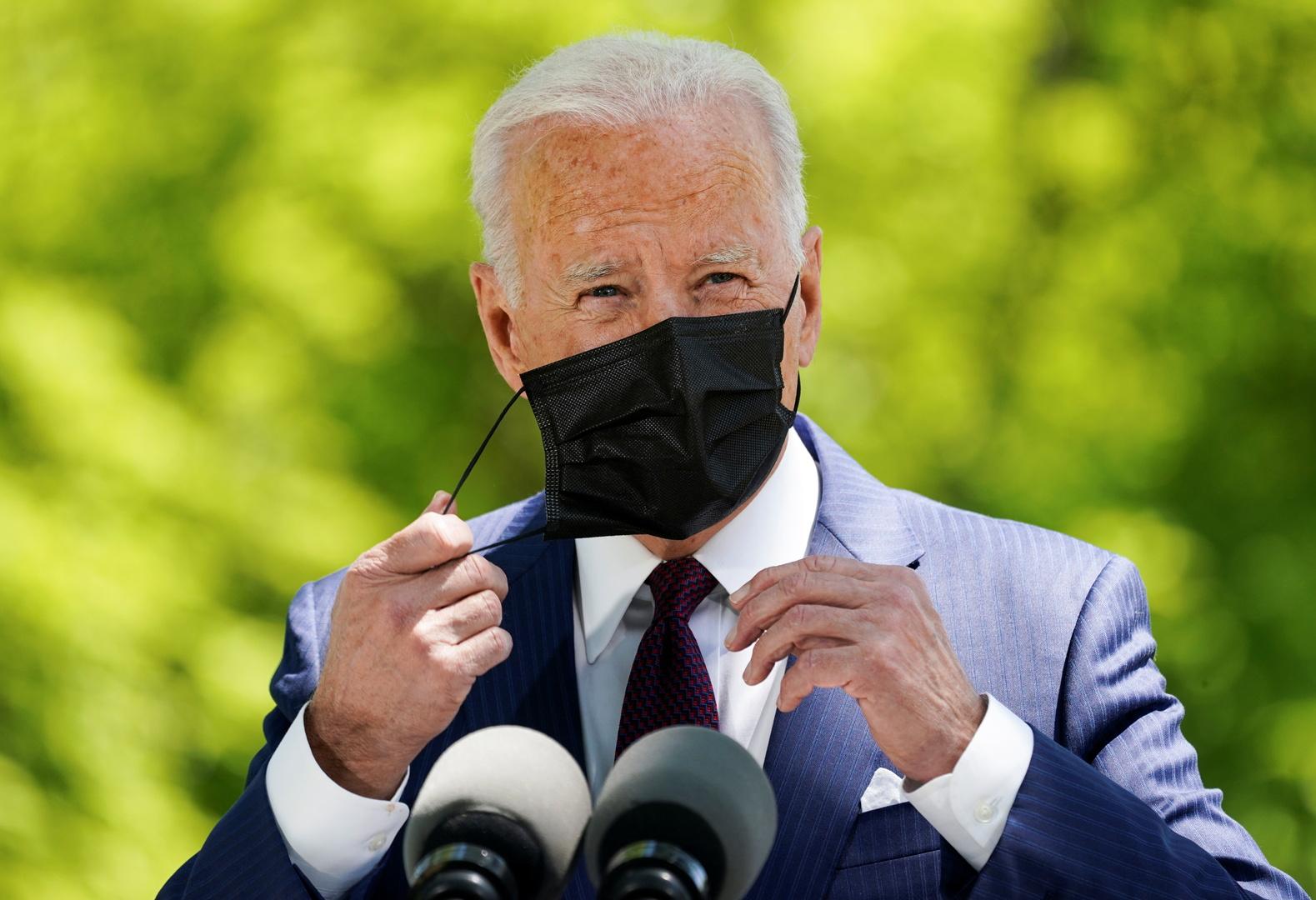 الولايات المتحدة.. إعادة فرض ارتداء الكمامة على المطعمين