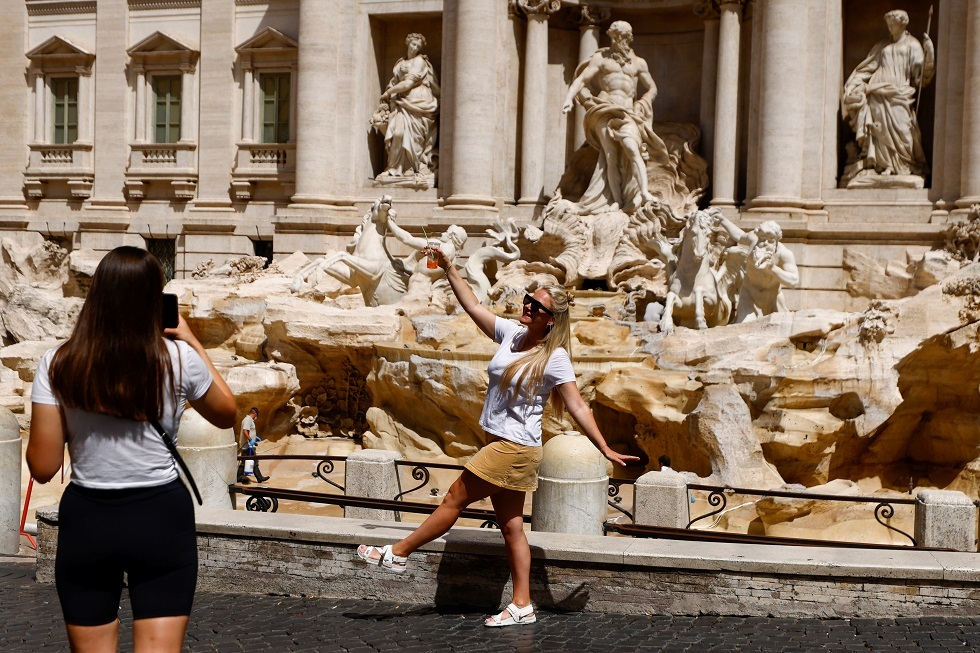 إيطاليا تمدد حالة الطوارئ المتعلقة بكورونا إلى نهاية العام