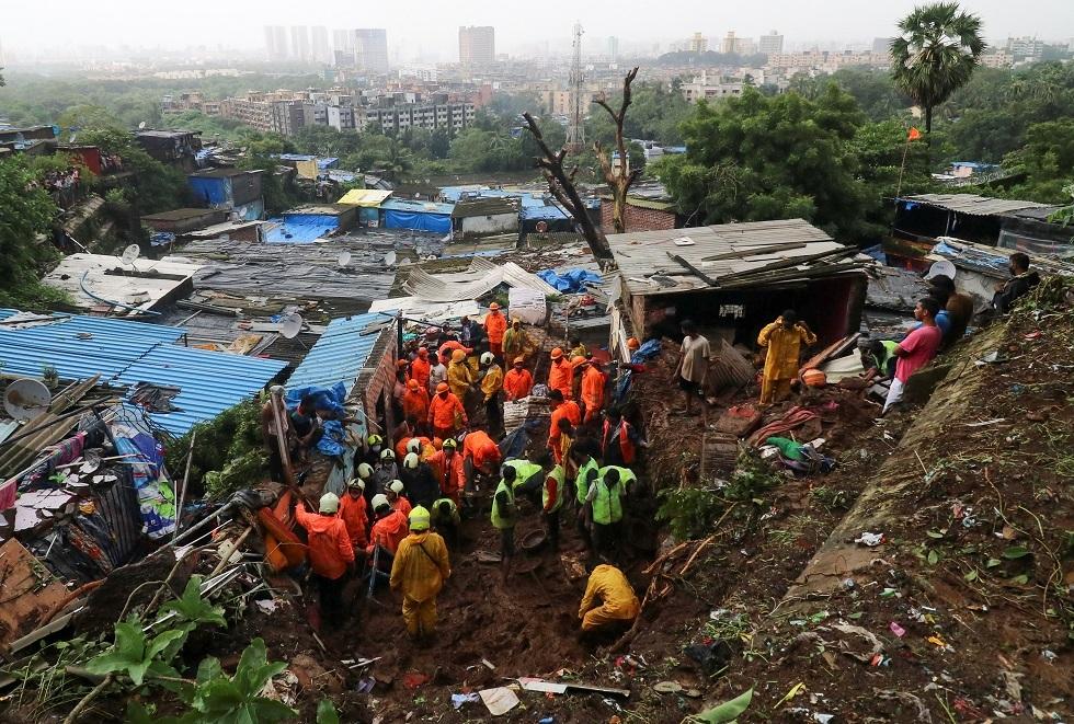 الهند.. مقتل 36 شخصا بانهيارات أرضية جراء الفيضانات بغرب البلاد
