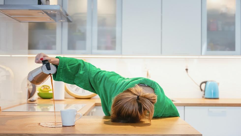5 almindelige årsager til træthed og træthed og hvordan du kan forbedre dit energiniveau