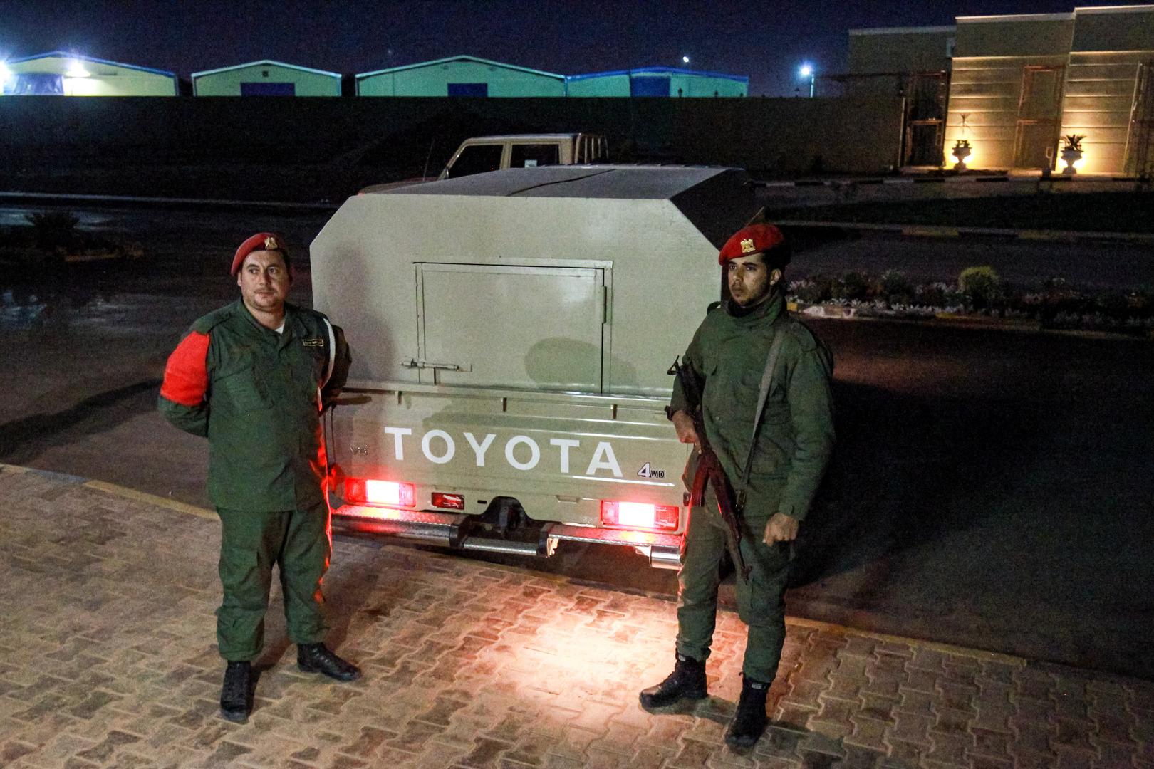 بيان للداخلية حول إطلاق نار كثيف بين جهازين أمنيين وسط العاصمة الليبية طرابلس