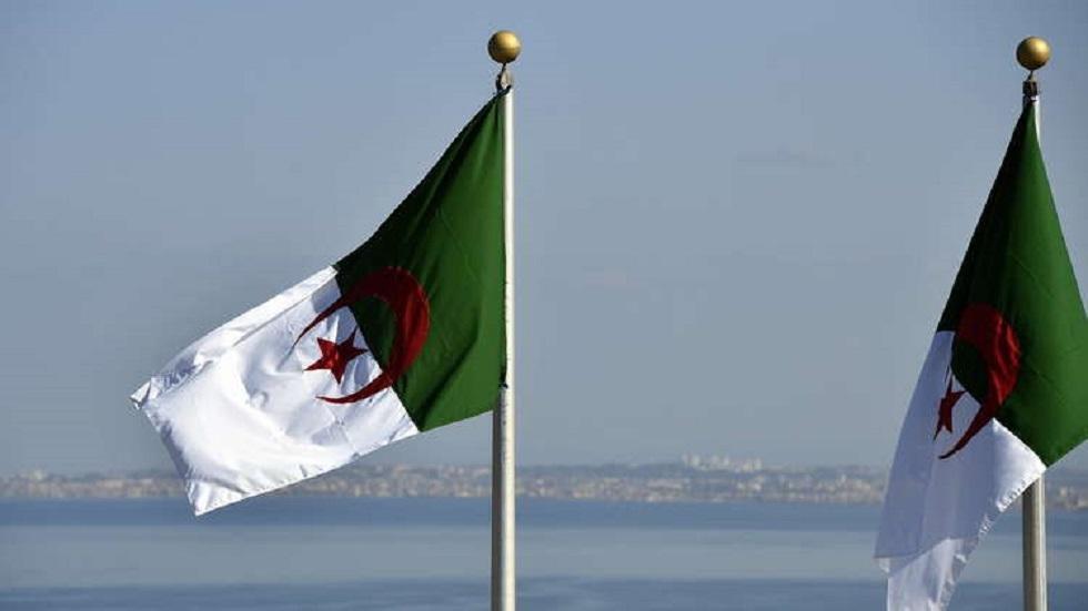 سفارة الجزائر بفرنسا ترفع دعوى قضائية ضد