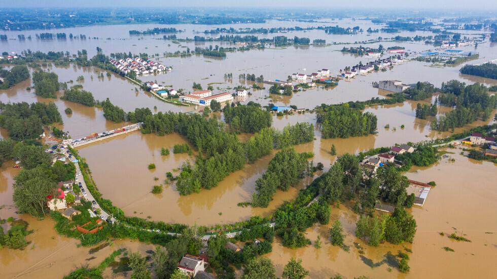 الملك سلمان وولي عهده يعزيان رئيس الصين في ضحايا الفيضانات
