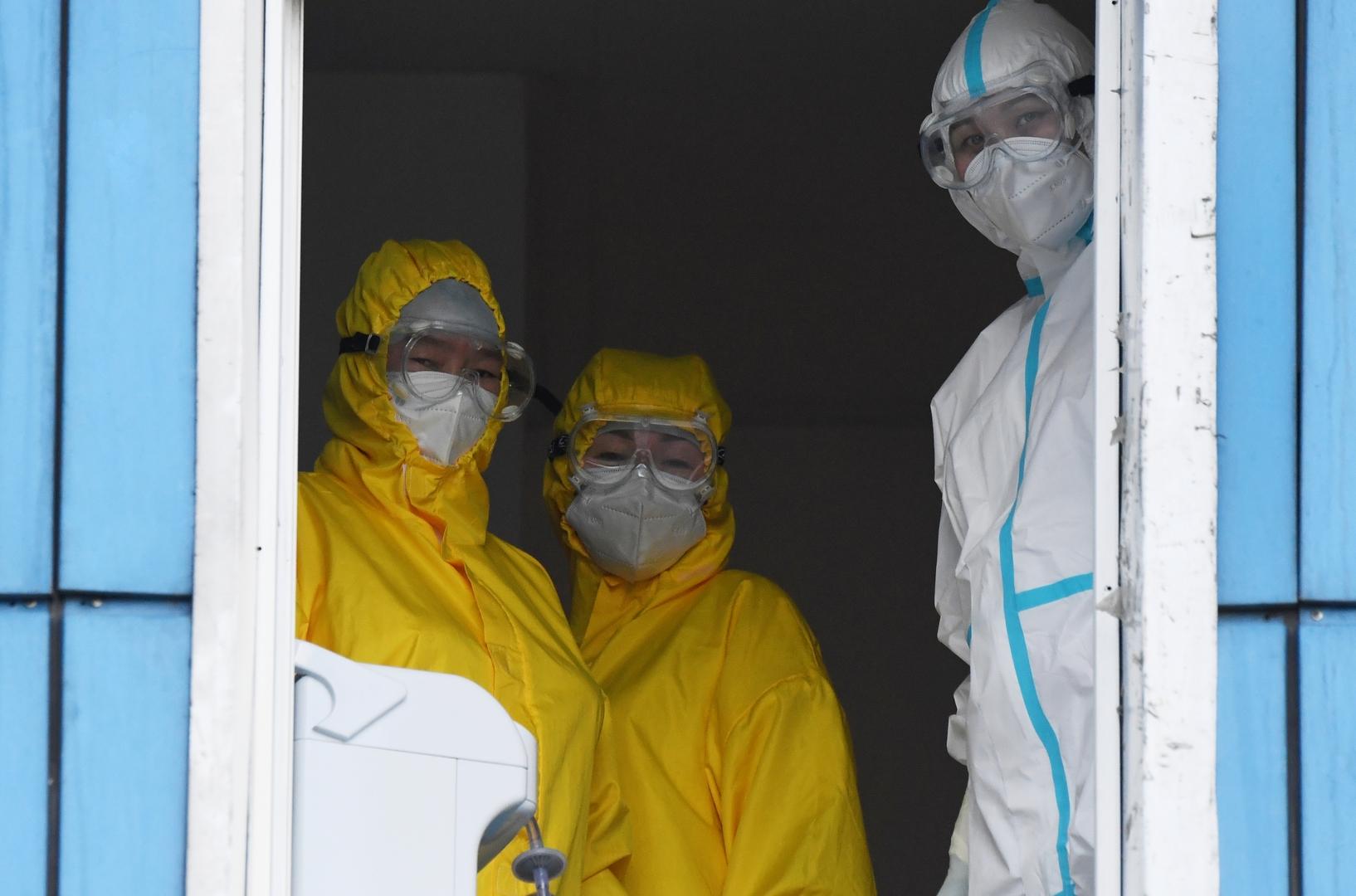 روسيا تسجل 23947 إصابة جديدة بفيروس كورونا