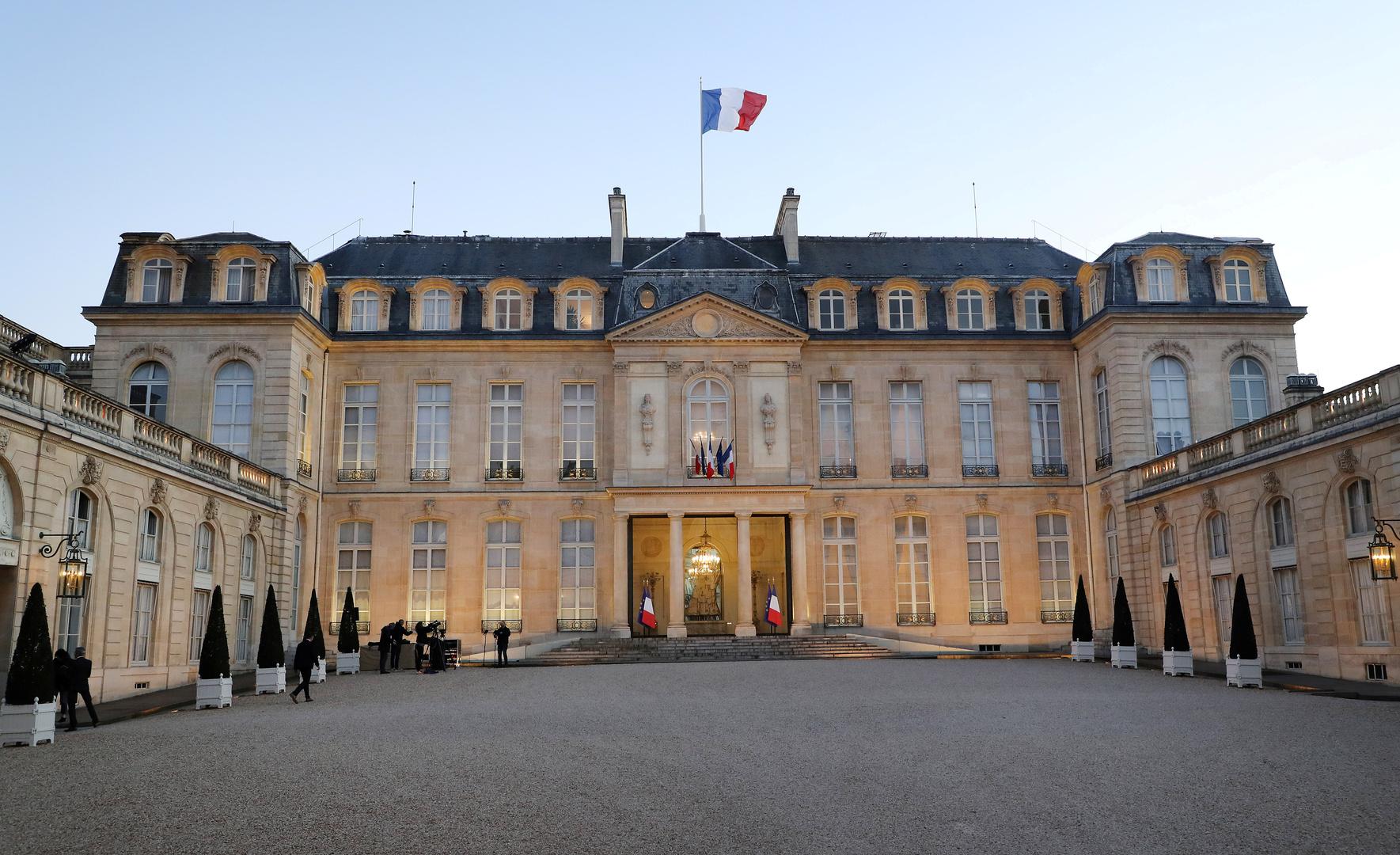 فرنسا واليابان تطالبان بتوزيع لقاحات كورونا بشكل عادل في العالم