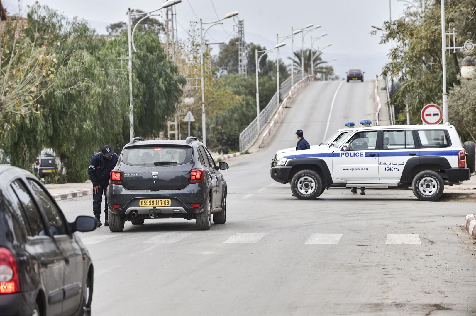 الجزائر.. إحباط تهريب 25 كيلوغراما من حشيشة الكيف نحو تونس
