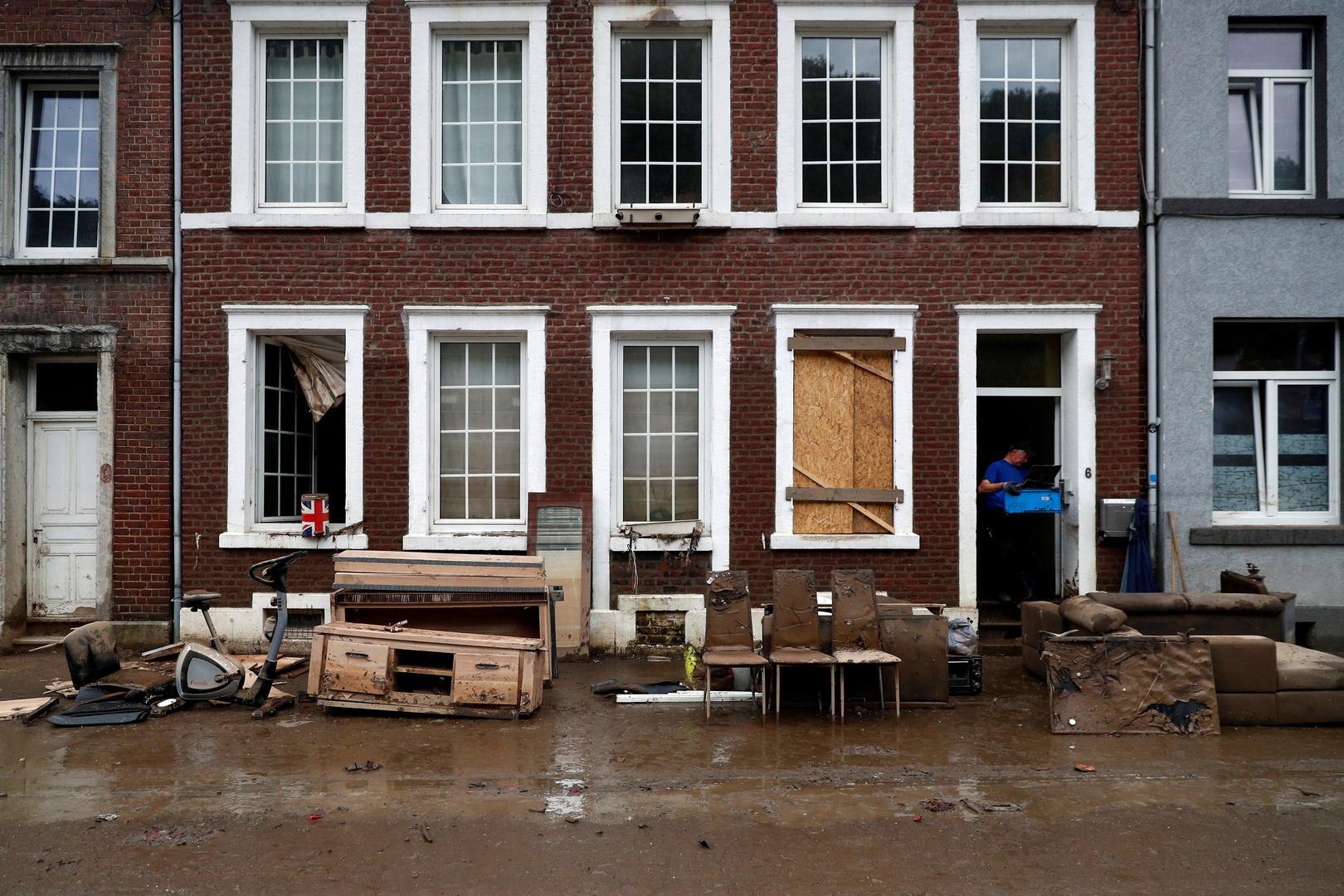 مدينة بلجيكية تشهد أسوأ سيول منذ عقود