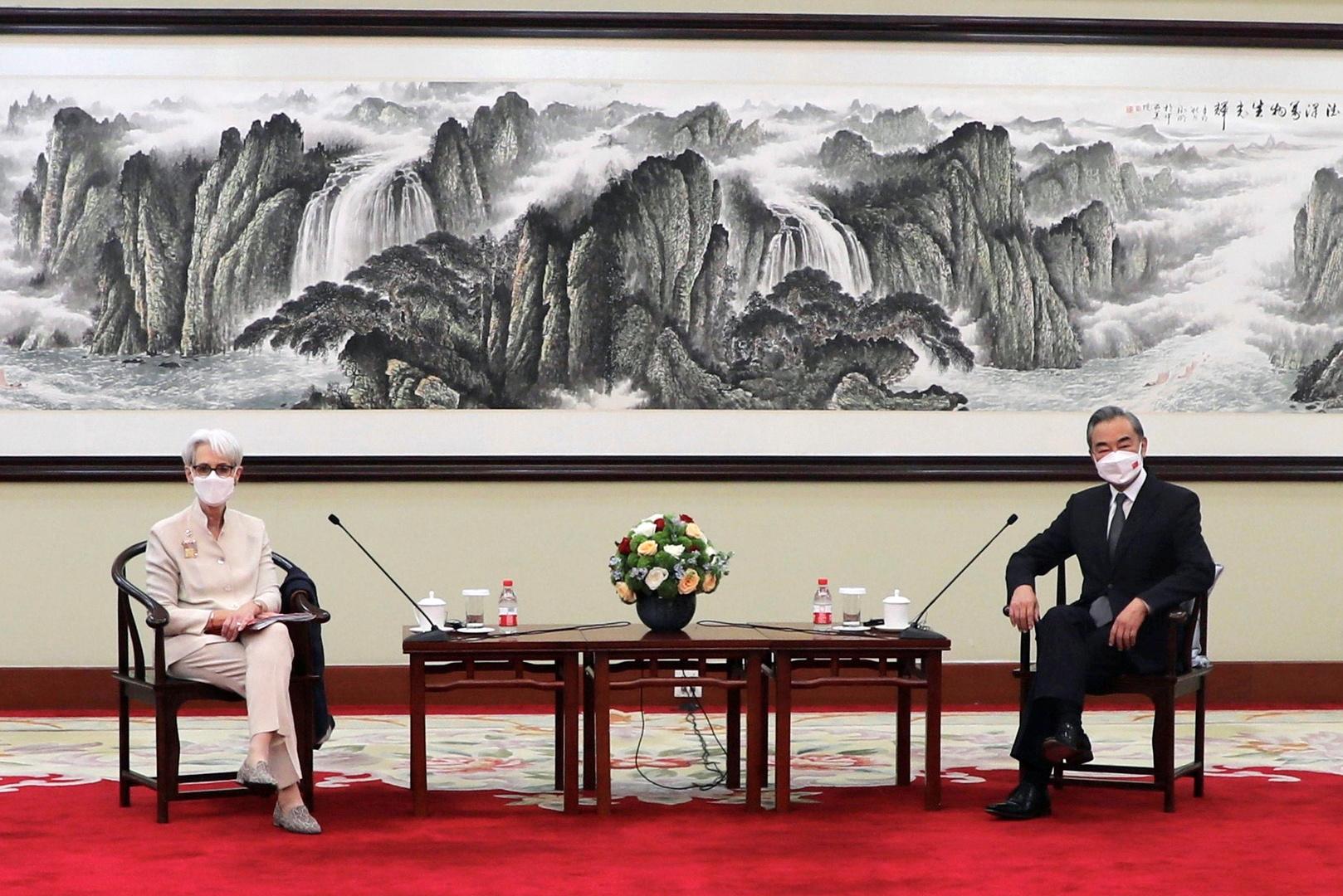 بكين: الخيار متروك للولايات المتحدة لتحسين علاقتها معنا