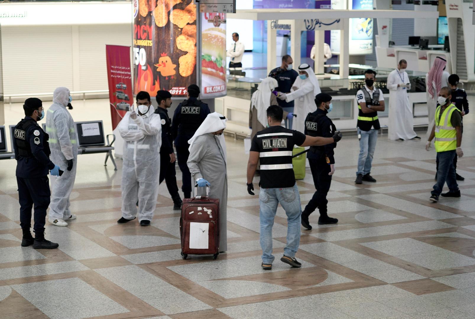 الكويت تعلن إعادة فتح كافة الأنشطة التجارية