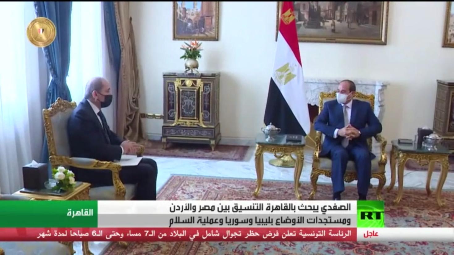الصفدي يبحث بالقاهرة التنسيق الأردني المصري