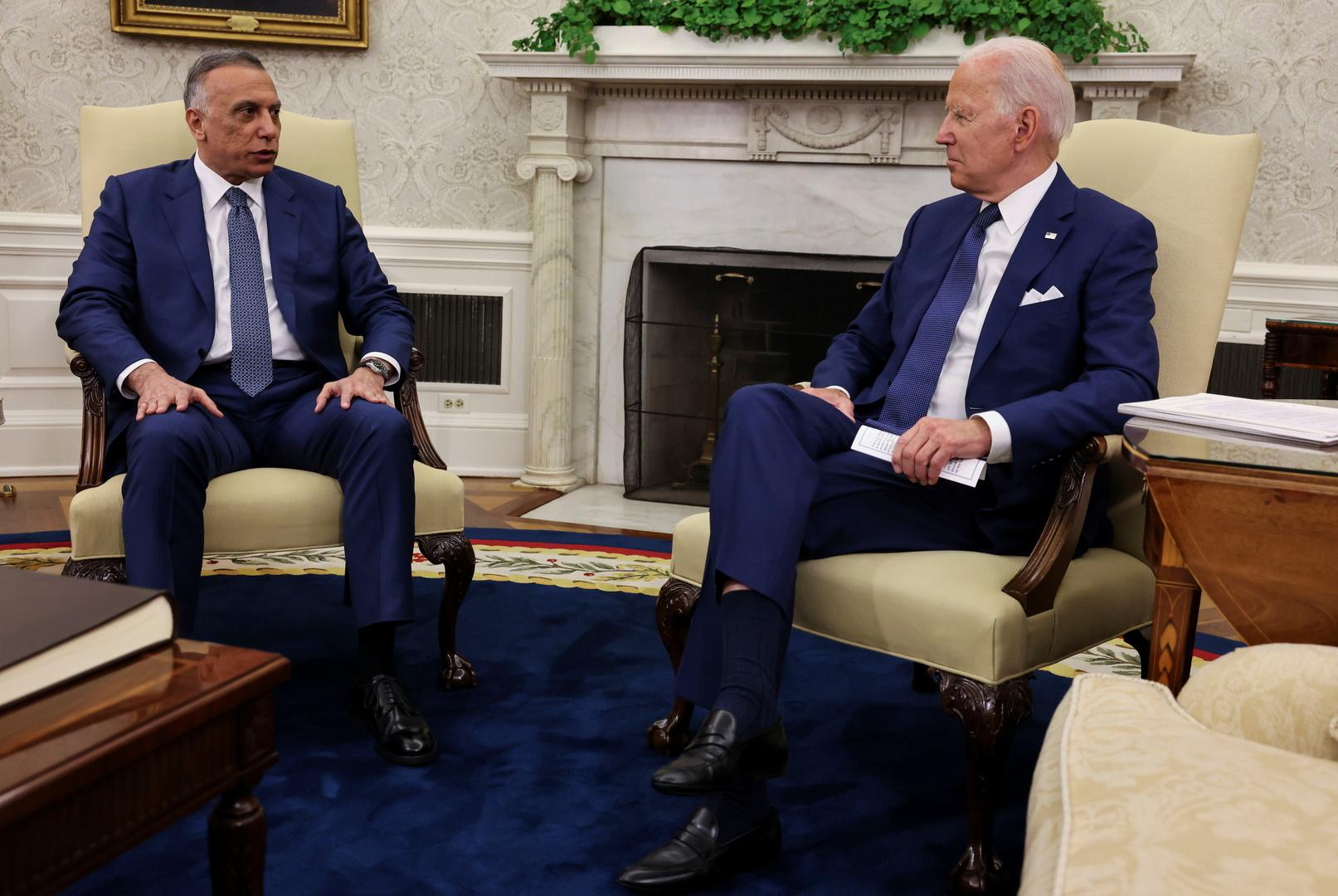 الرئيس الأمريكي، جو بايدن، ورئيس الوزراء العراقي، مصطفى الكاظمي، خلال لقائهما في البيت الأبيض يوم 26 يوليو.