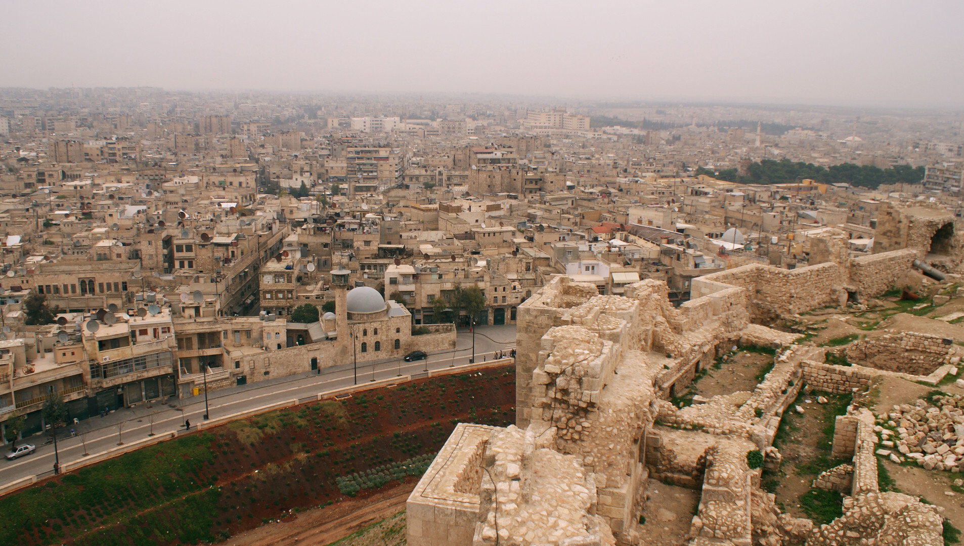 دراسة استئناف فتح الخط الجوي كراسنودار- حلب