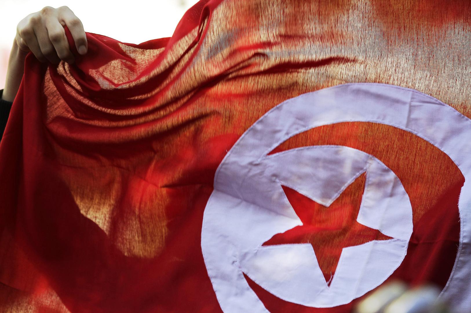 هيئة المحامين التونسية تدعو سعيّد إلى فتح كل ملفات الفساد وتعديل القانون الانتخابي والنظام السياسي