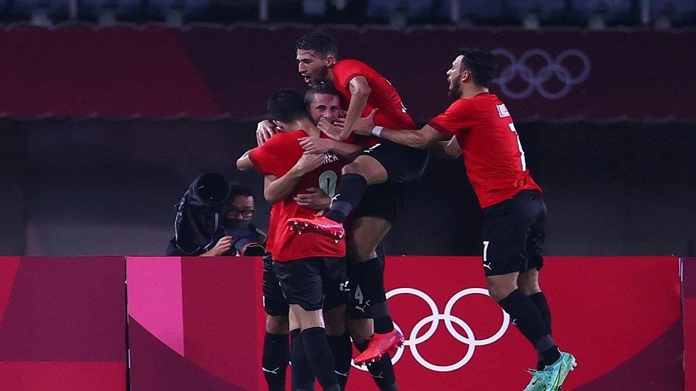 مصر تهزم أستراليا وتبلغ ربع نهائي مسابقة كرة القدم في أولمبياد طوكيو