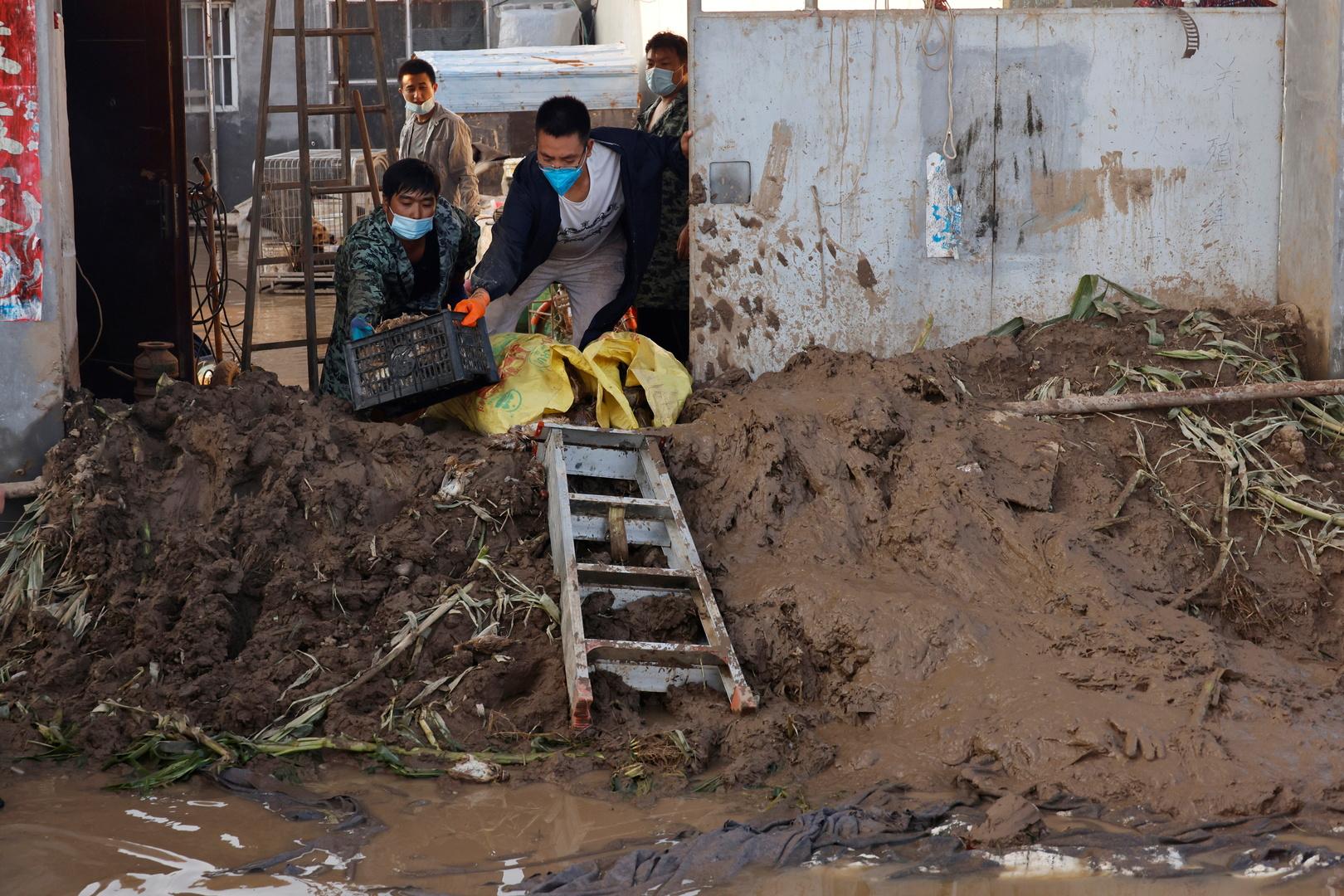 الفيضانات تشرد الآلاف بمخيمات الروهينغا في بنغلاديش