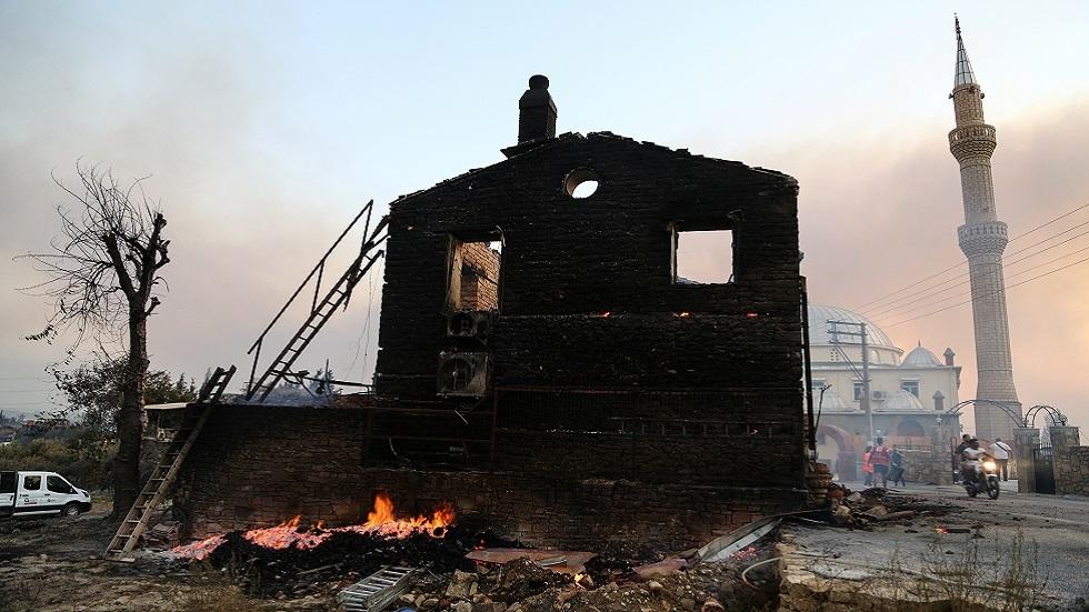 3 قتلى بحرائق غابات جنوبي تركيا