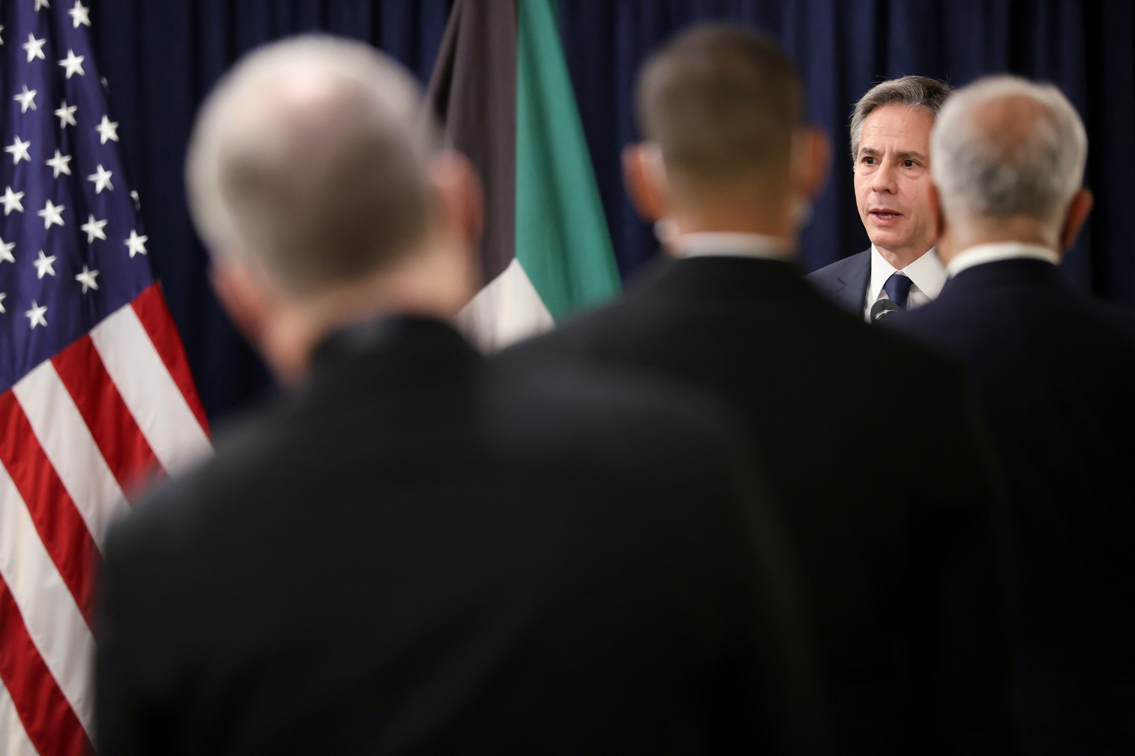 وزير الخارجية الأمريكي يخاطب موظفي السفارة الأمريكية في الكويت، 29 يوليو 2021