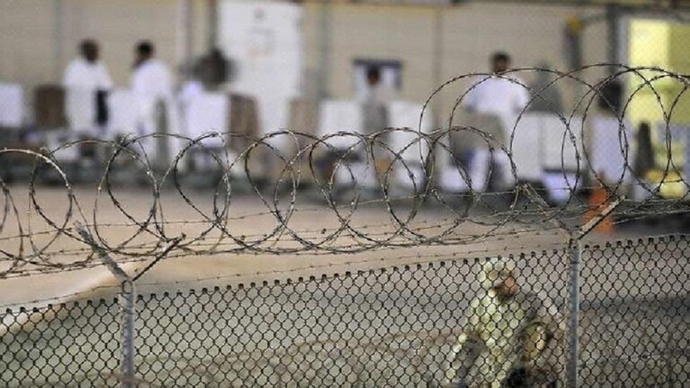الإمارات ترحّل 6 من معتقلي غوانتانامو إلى اليمن