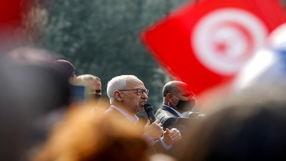تونس.. الغنوشي يعترف بارتكاب أخطاء ويبدي استعدادا لتقديم التنازلات