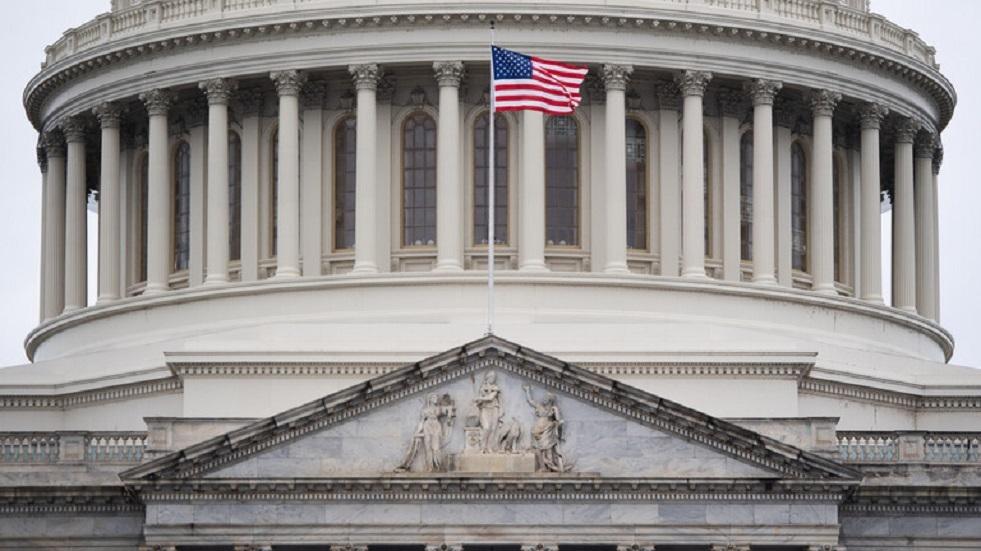وفاة السيناتور الأمريكي السابق ليفين الذي دعا إلى فرض عقوبات ضد روسيا
