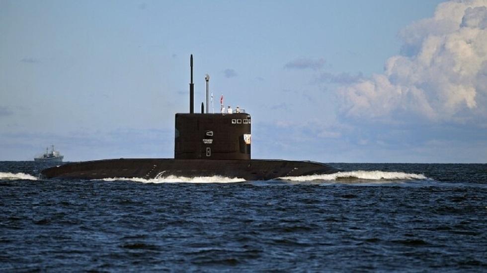 روسيا تنزل إلى المياه غواصة نووية صاروخية جديدة