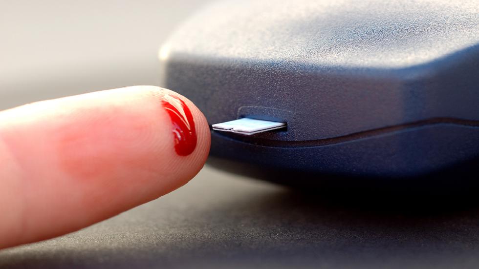 ما هو مرض السكري الهش وهل يختلف عن النوعين الأول والثاني؟