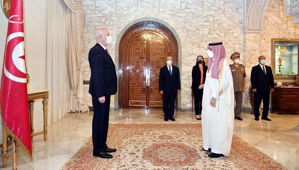 الرئيس التونسي يستقبل وزير الخارجية السعودي الأمير فيصل بن فرحان (فيديو)