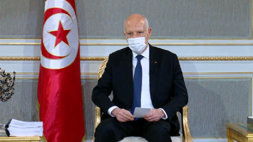 الرئيس التونسي يصدر أمرا بتعديل فترة منع التجول