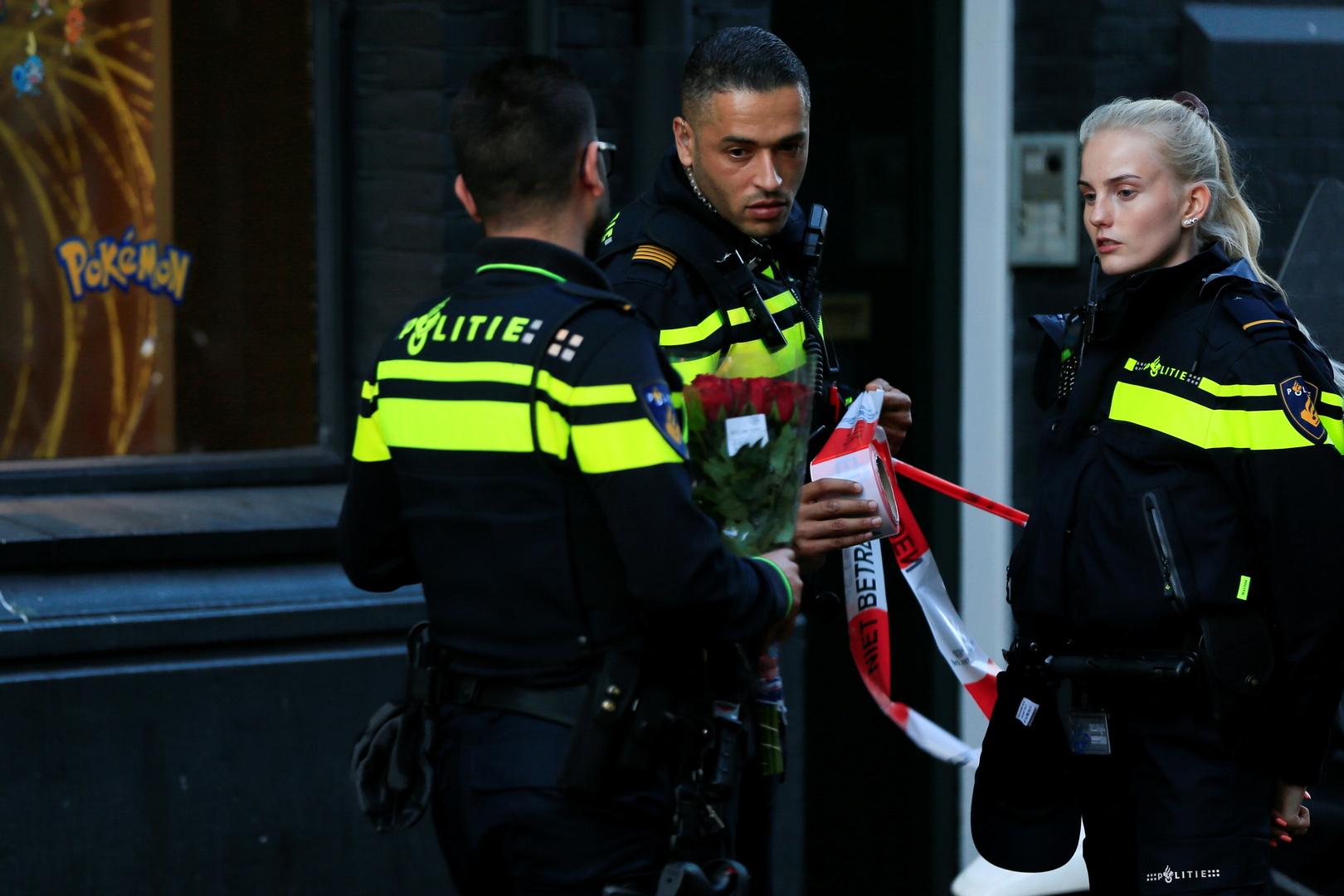 الشرطة الهولندية تفكك منشأة يمكن أن تكون أكبر مختبر لإنتاج المخدرات الصناعية
