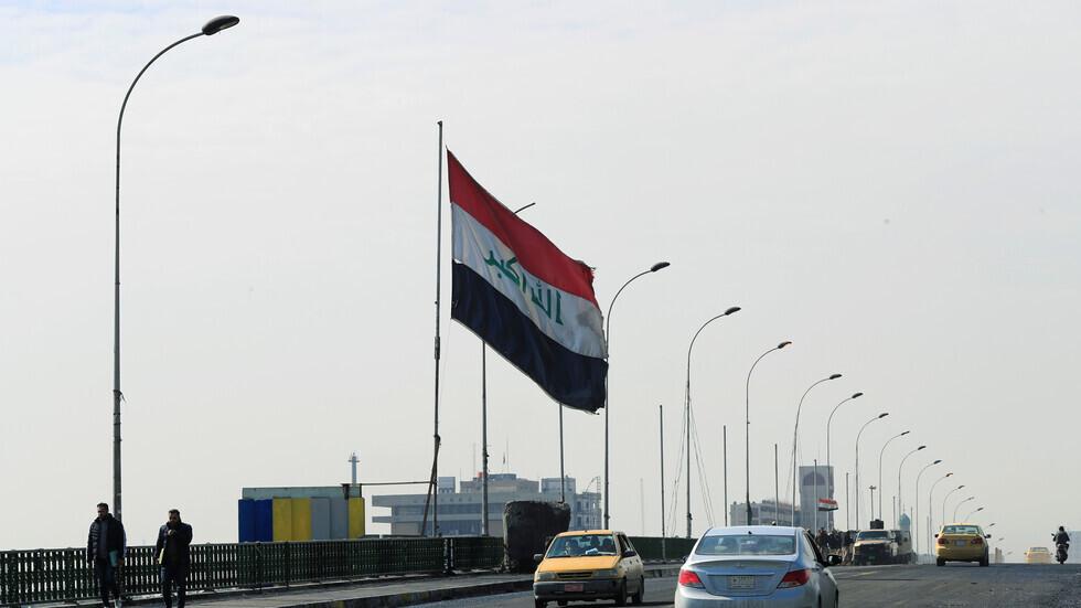 العراق.. إنقاذ شاب حاول الانتحار من جسر في الديوانية (فيديو)
