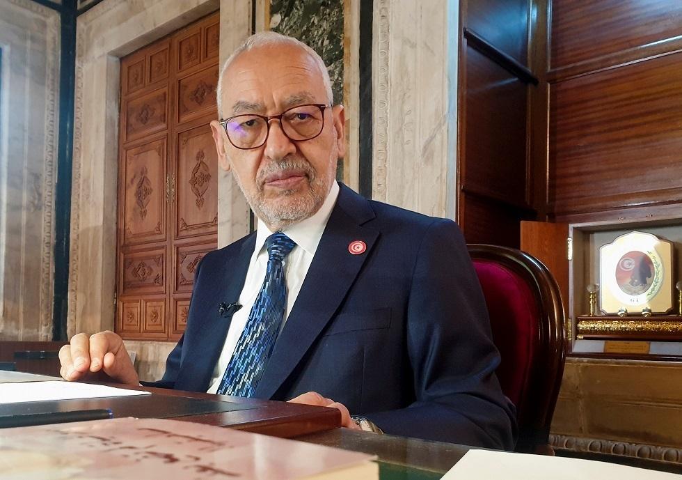 تونس.. نقل الغنوشي إلى عيادة خاصة إثر تدهور حالته الصحية