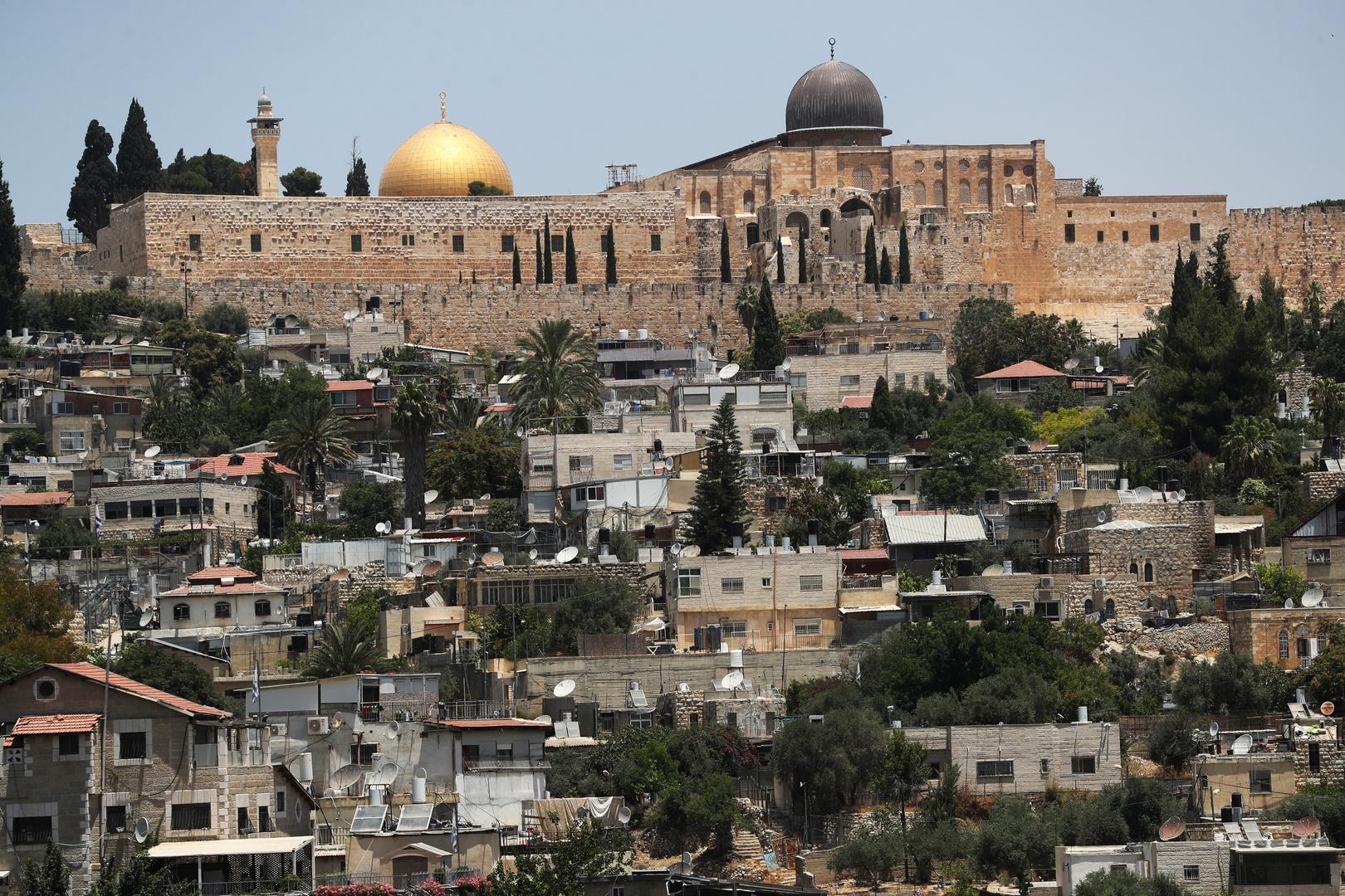 القوات الإسرائيلية تغلق حي الشيخ جراح بشكل كامل في القدس الشرقية (فيديوهات)