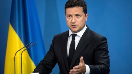 زيلينسكي يقيل رئيس الاستخبارات الخارجية ويعين ليتفينينكو مكانه
