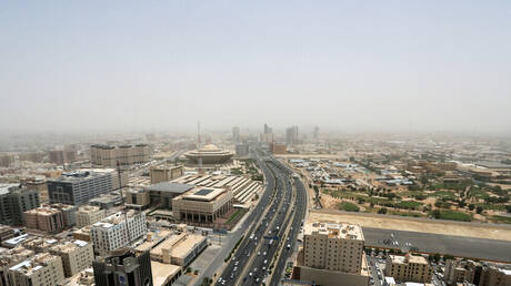 السعودية تسجل 1247 إصابة و11 وفاة جديدة بكورونا