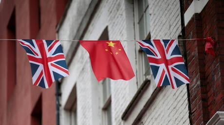 بكين: تعليق التعاون في مجال الطاقة النووية مع لندن سيلحق الضرر بمصالح بريطانيا