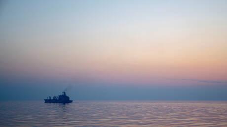 مسقط: الهجوم على السفينة الإسرائيلية جرى خارج مياهنا الإقليمية