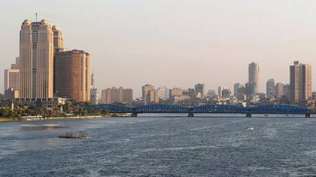 رجل أعمال مصري: أشعر بالاكتئاب وقررت العودة إلى لندن مرة أخرى