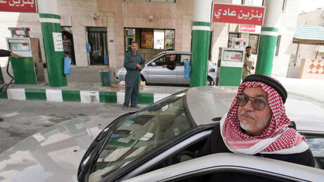 خبير: الأردن يسجل أعلى زيادة بسعر البنزين في تاريخه