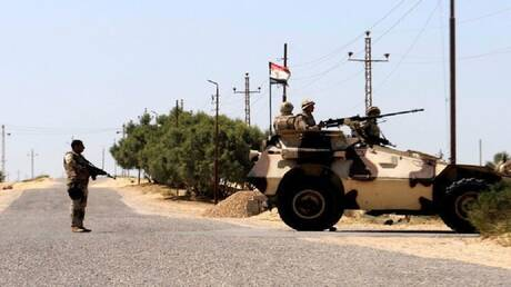 """أسوشيتيد برس: مسلحو """"داعش"""" يقتلون 5 من عناصر الأمن بسيناء"""