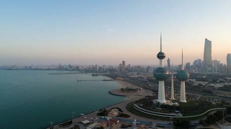 الكويت.. استثناء المواطنين المطعمين بجرعة واحدة من الحجر المؤسسي