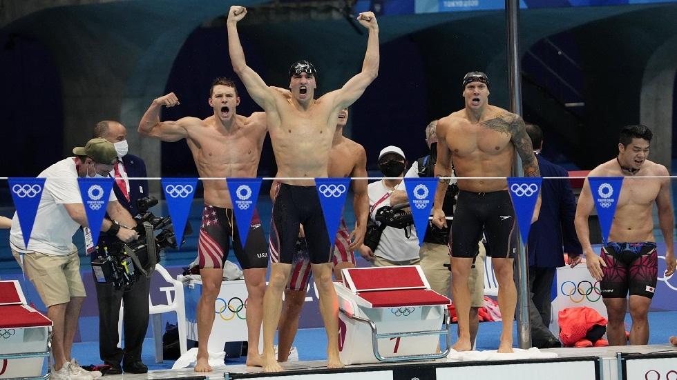 أولمبياد طوكيو.. الولايات المتحدة تحرز ذهبية التتابع 4 مرات 100 م للسباحة المتنوعة برقم عالمي